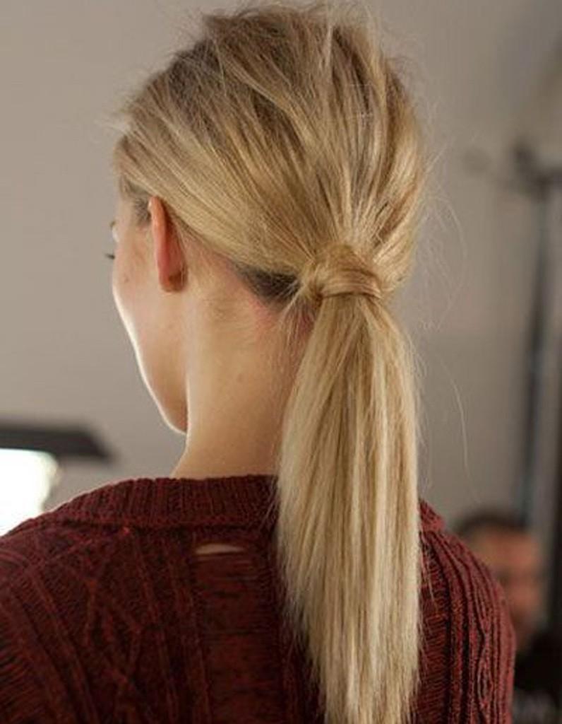 La queue de cheval nature 20 coiffures faire entre deux shampoings elle Coiffure mariage facile longueur cheveux