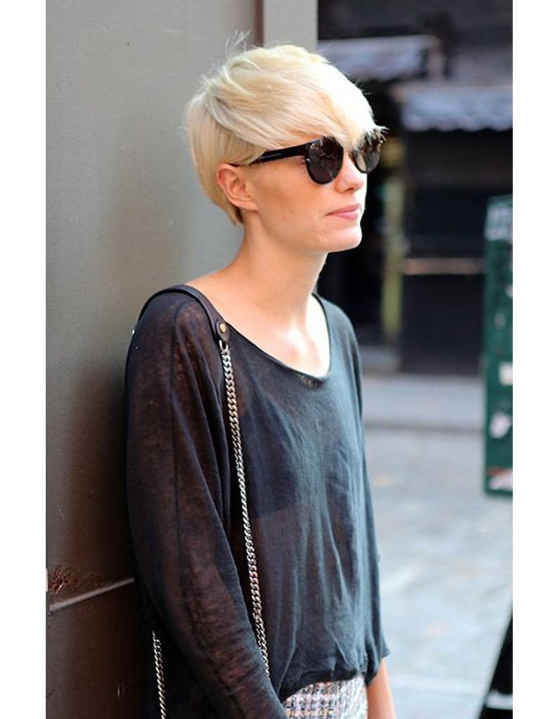 coupe structur e blond platine les 50 plus belles coupes courtes de pinterest elle. Black Bedroom Furniture Sets. Home Design Ideas
