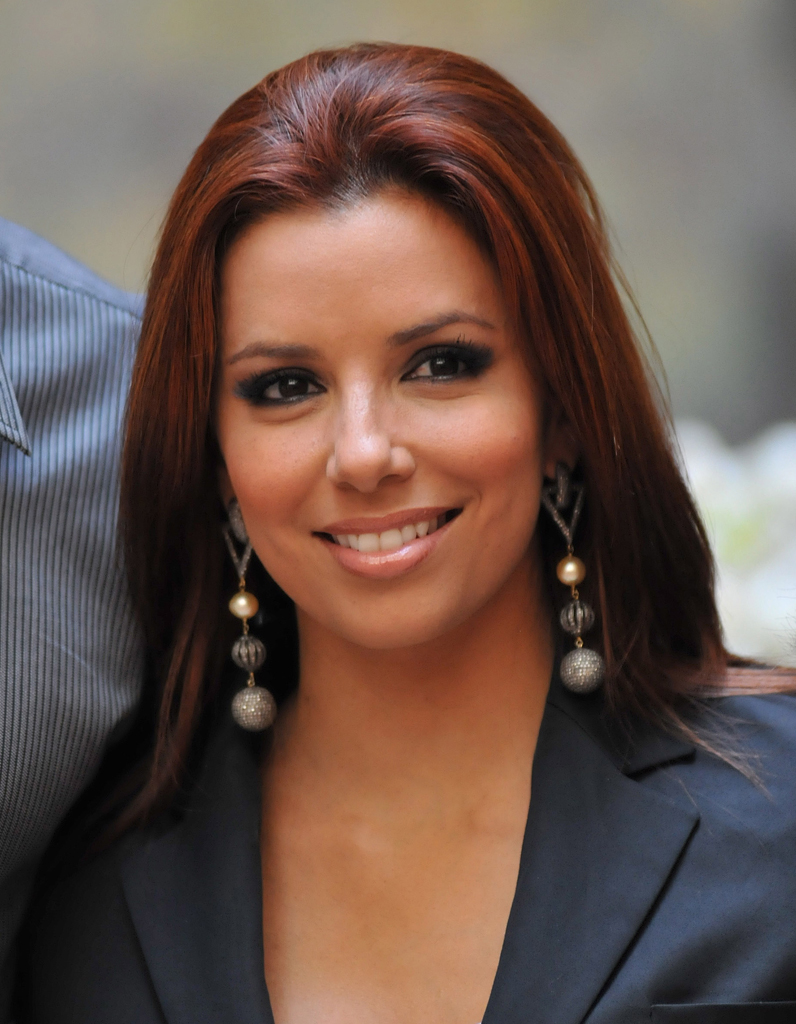 eva longoria et sa teinture auburn cheveux ces stars qui reviennent au naturel elle. Black Bedroom Furniture Sets. Home Design Ideas