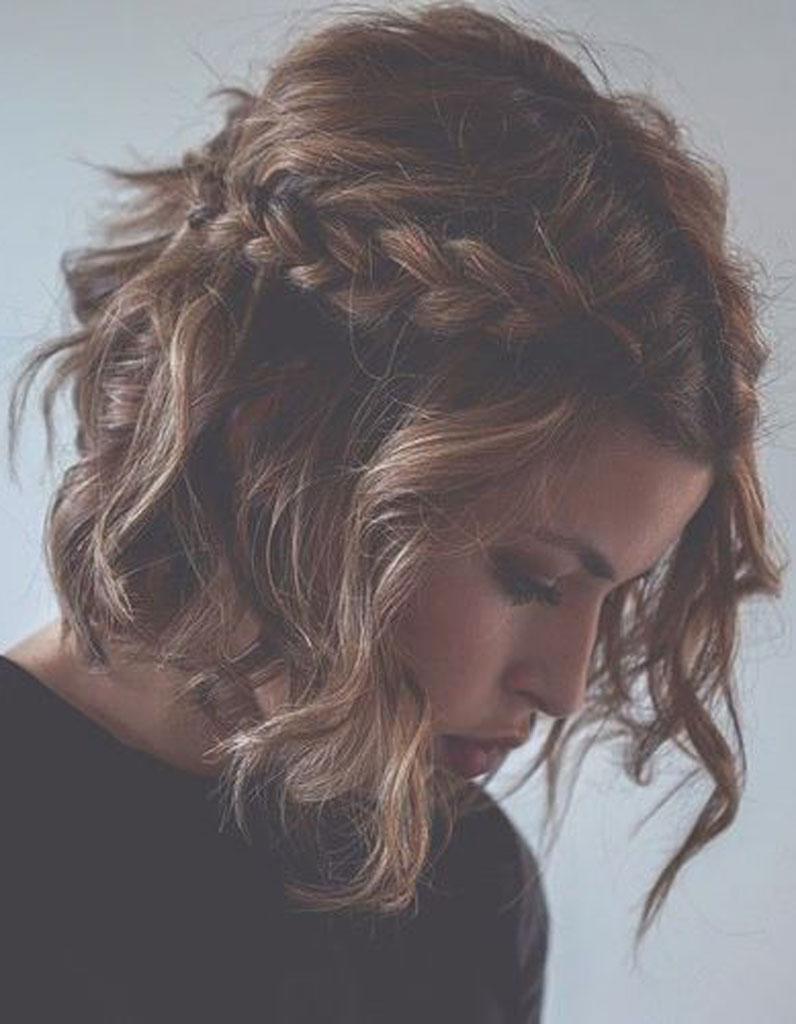 Un carré wavy et tressé , Cheveux wavy  les 30 plus belles photos  Pinterest , Elle