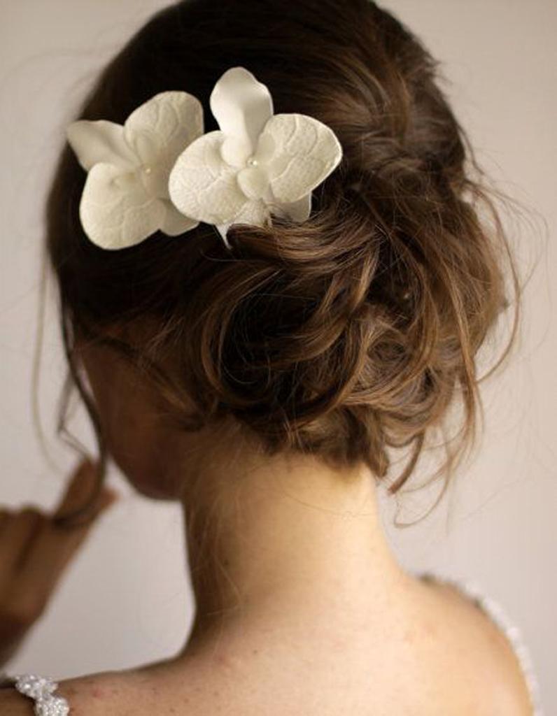 chignon de mari e avec orchid e je veux un joli chignon. Black Bedroom Furniture Sets. Home Design Ideas