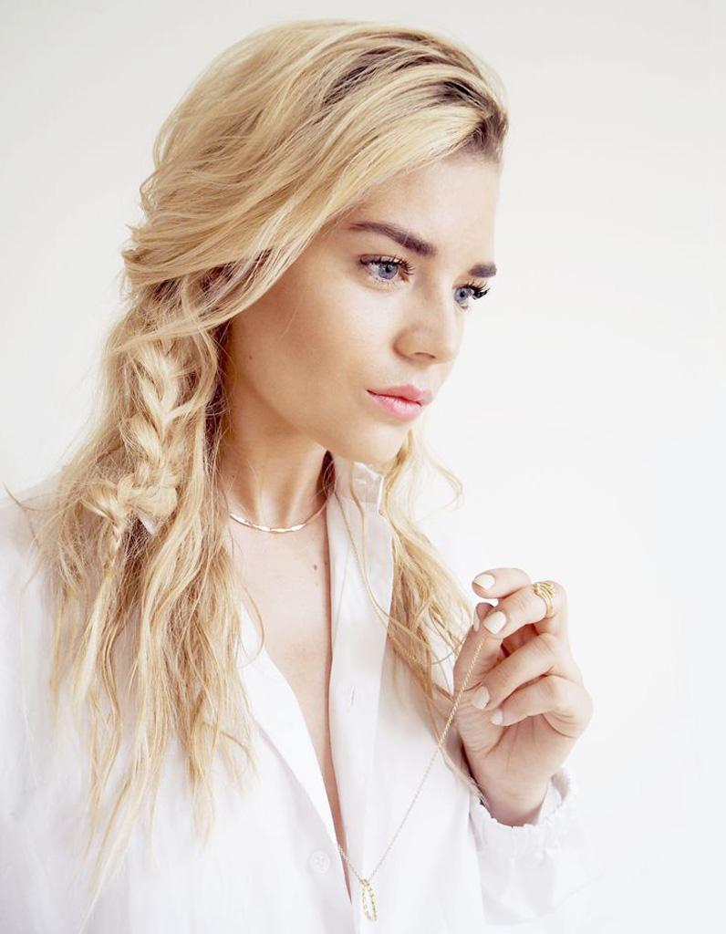 Coiffure coiffu00e9e du00e9coiffu00e9e blonde - 20 idu00e9es de coiffures coiffu00e9es-du00e9coiffu00e9es pour un automne ...