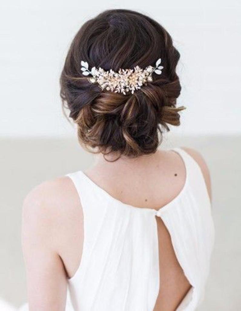 Coiffure demoiselle d 39 honneur mariage 15 coiffures de for Coupe de cheveux pour demoiselle d honneur
