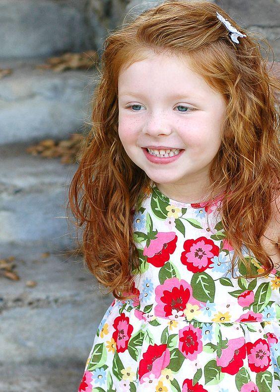 coiffure petite fille rousse 40 coiffures de petite. Black Bedroom Furniture Sets. Home Design Ideas