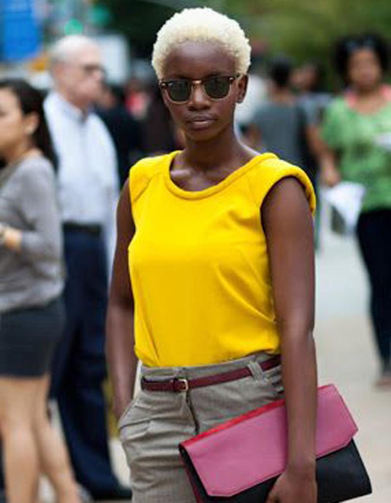 Coupe afro courte hiver 2015 - Coiffures afro : les filles stylées donnent le ton - Elle