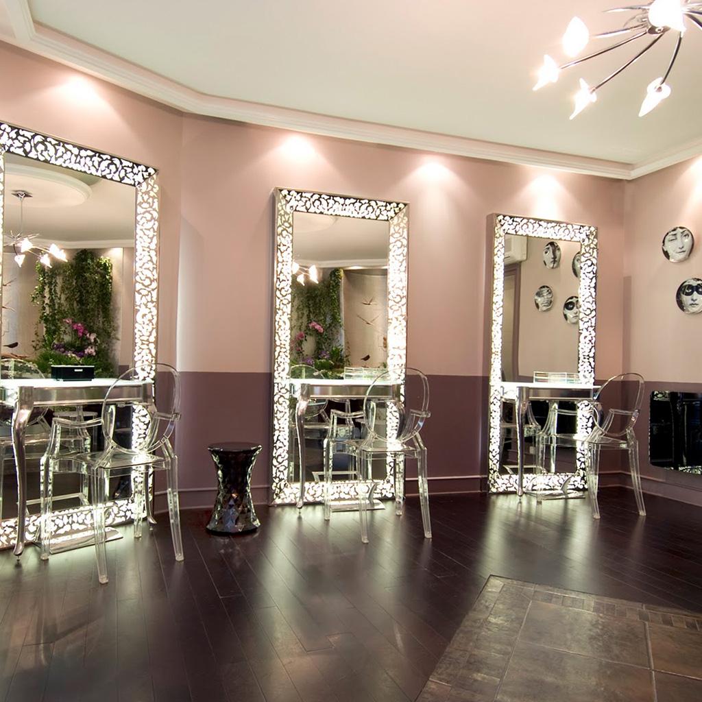 Delphine Courteille - Les 16 meilleurs salons de coiffure parisiens ...