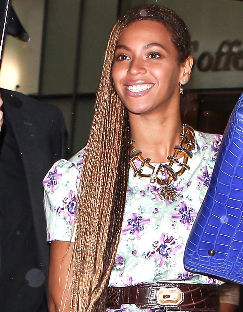 Les tresses afro de Beyoncé , Coiffure  on adopte les tresses des stars ,  Elle
