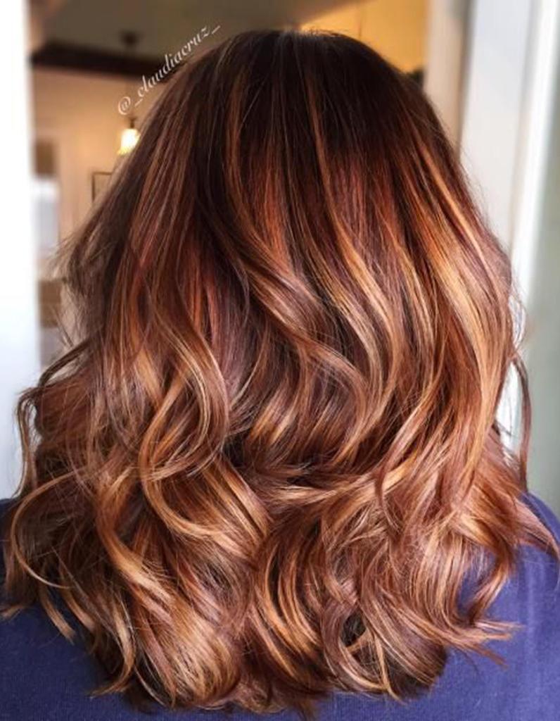 balayage cuivré cheveux chatains - balayage cuivré : le reflet chaud