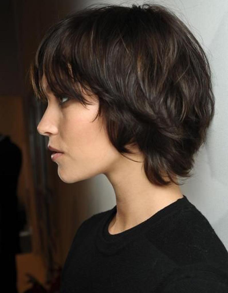 Coupe de cheveux femme carre degrade