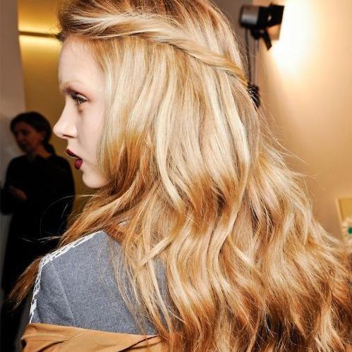Cheveux longs 30 coupes de cheveux longs pour un look for Coupe de cheveux un peu long pour enfant