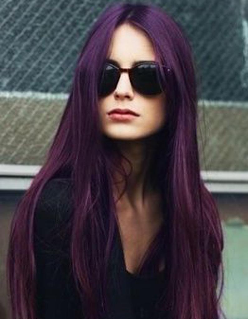 cheveux longs couleur coiffure cheveux longs des coupes de cheveux longs pour un look canon. Black Bedroom Furniture Sets. Home Design Ideas