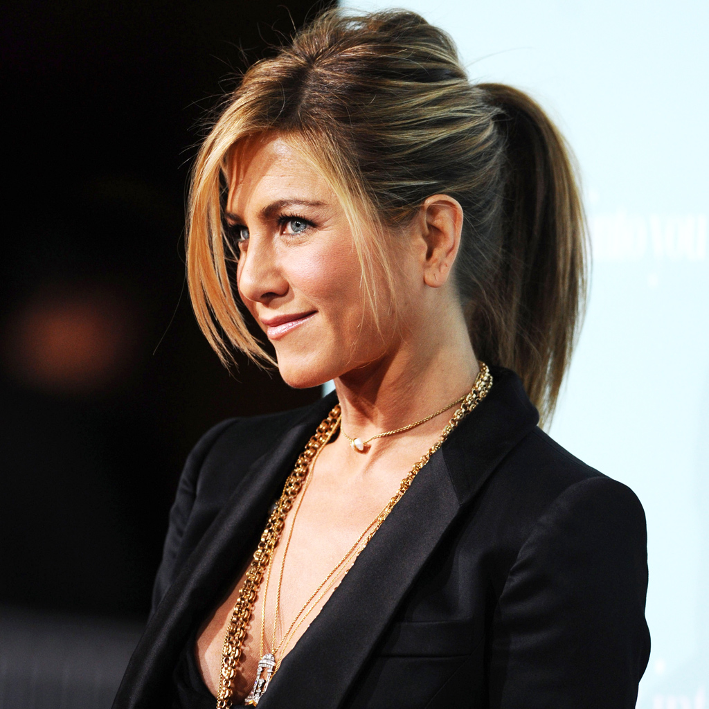L Evolution Coiffure De Jennifer Aniston Elle