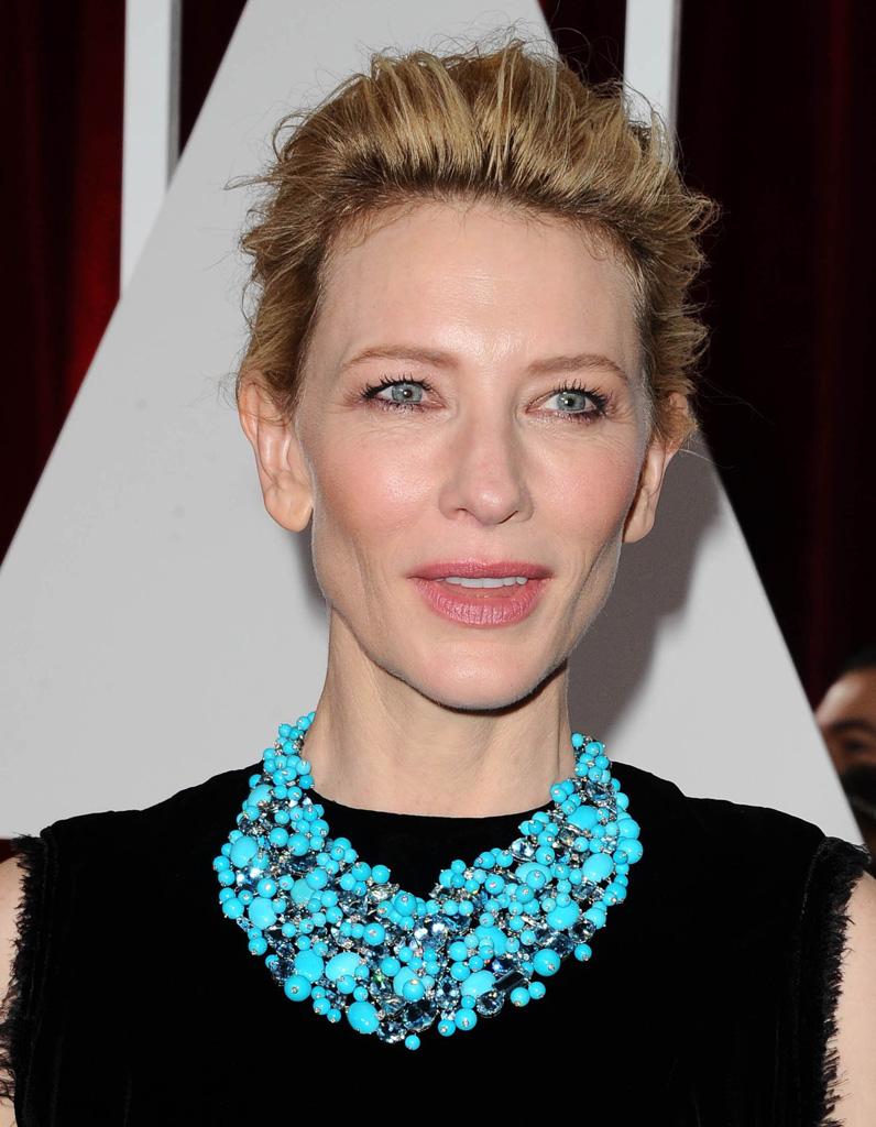 Le chignon crêpé de Cate Blanchett - Oscars 2015 : les plus belles coiffures des stars - Elle