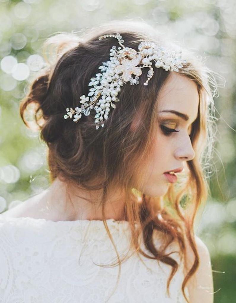 Coiffure de mariée Chignon bohème , Les plus jolies coiffures de mariée pour  s\u0027inspirer , Elle