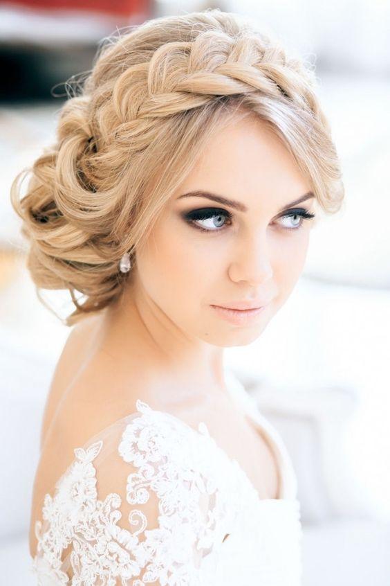 Coiffure de mariée tresse headband , Les plus jolies coiffures de mariée  pour s\u0027inspirer , Elle