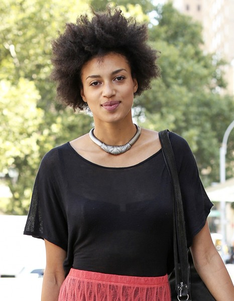 Coupe Afro - Street Style Coiffure  20 Coupes Courtes Qui Nous Inspirent - Elle