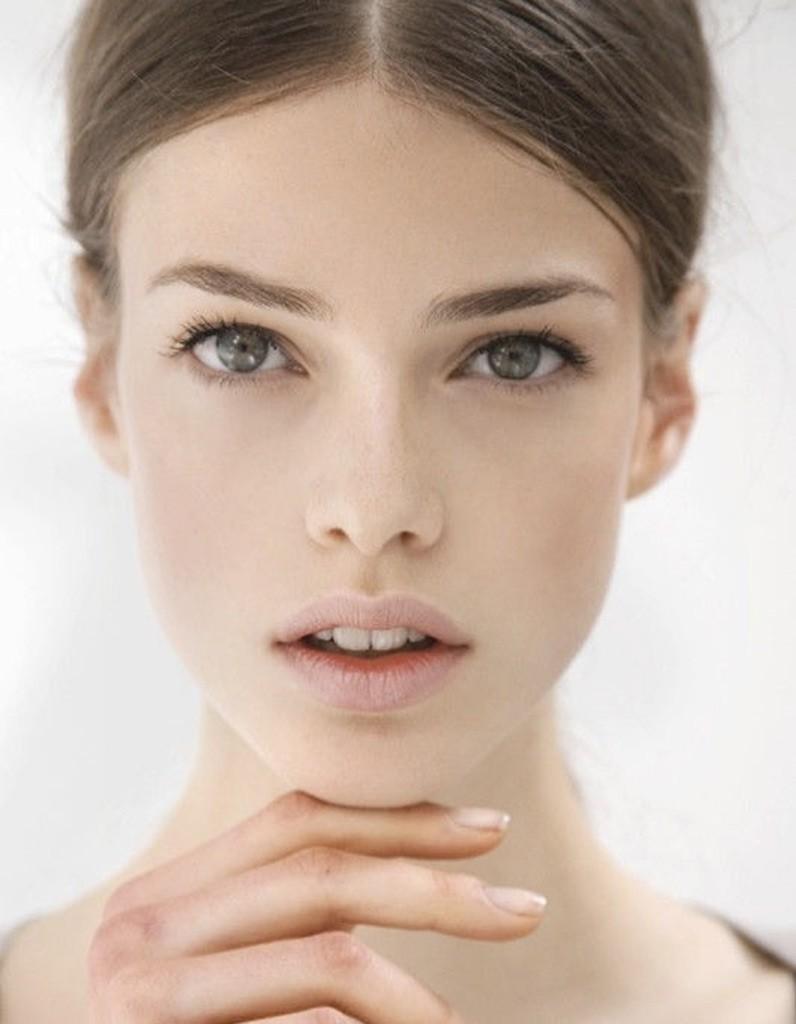 le maquillage naturel pour les peaux claires se maquiller sans avoir l air maquill e 30. Black Bedroom Furniture Sets. Home Design Ideas