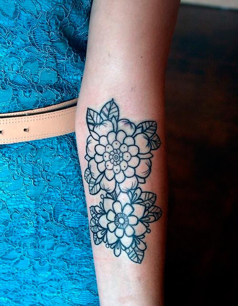 Tatouage Fleur Original 20 Tatouages Fleuris Qui Font Envie Elle