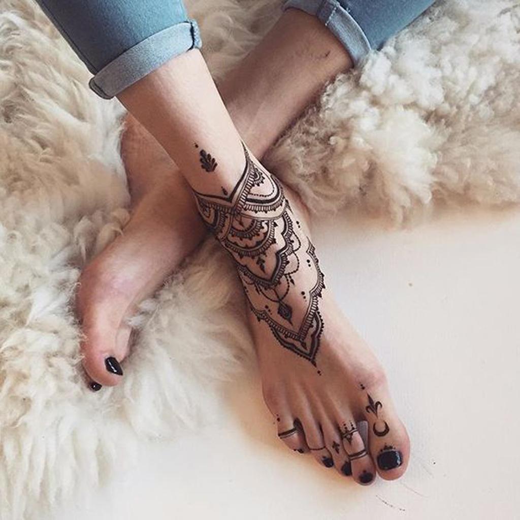 Tatouage Mandala Pied On Craque Pour Un Tatouage Mandala Elle