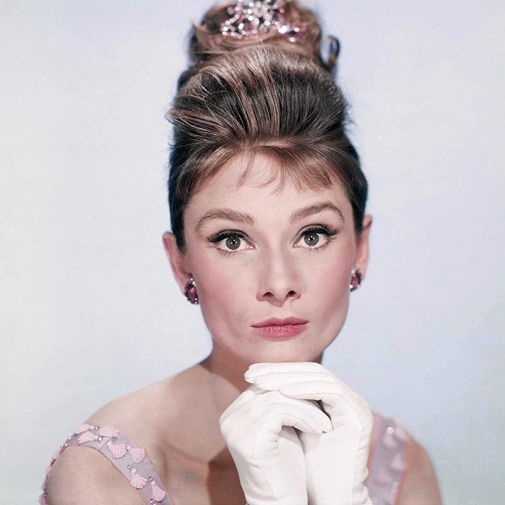 Un visage, une époque : Audrey Hepburn, l'icône beauté ultime ?