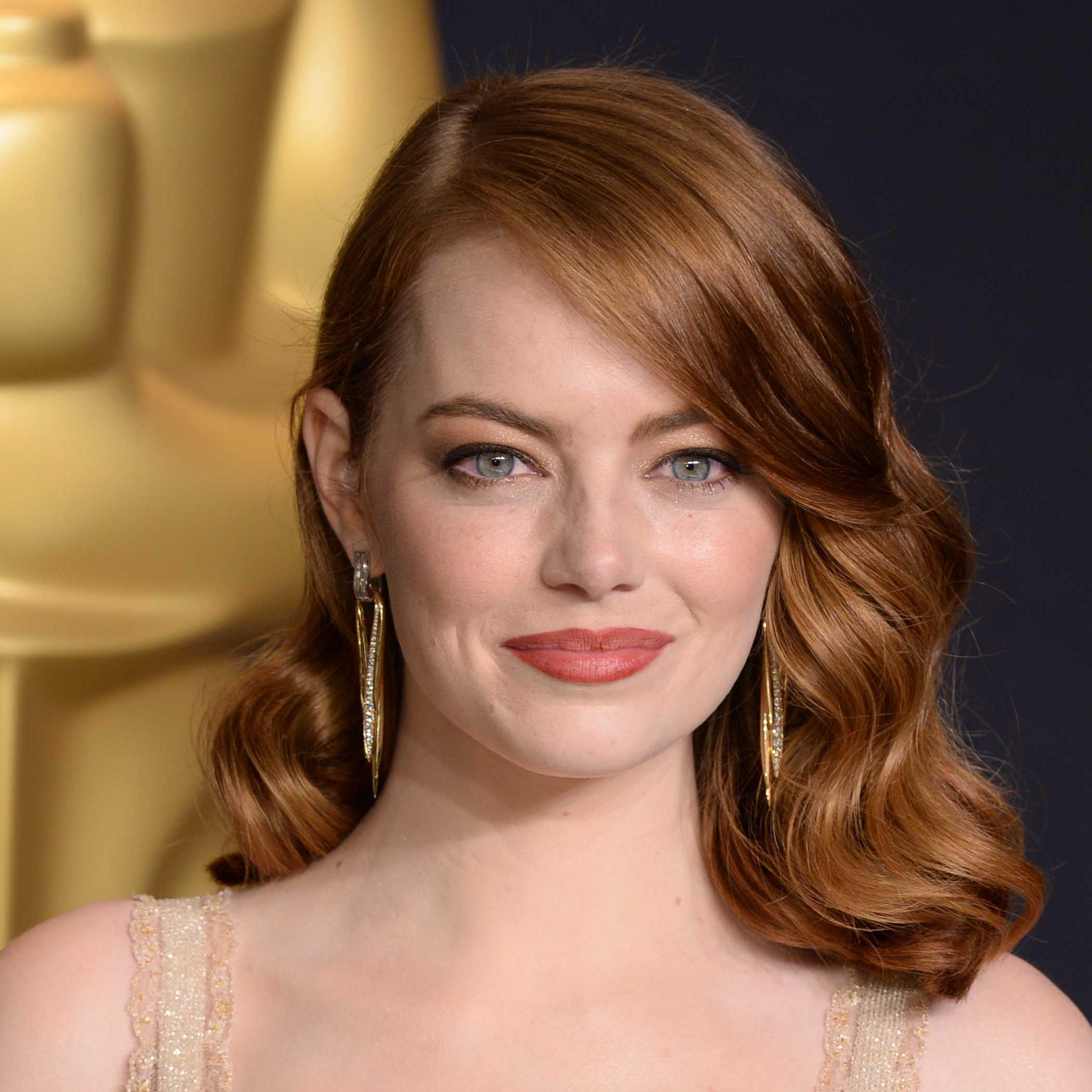 emma stone a chang de couleur de cheveux et on adore elle. Black Bedroom Furniture Sets. Home Design Ideas