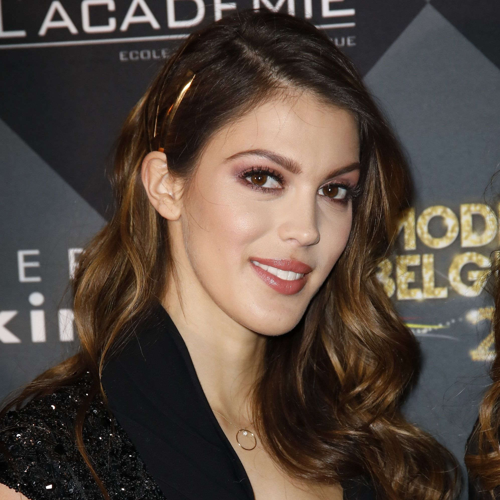 Iris Mittenaere : assume ses vergetures sur Instagram
