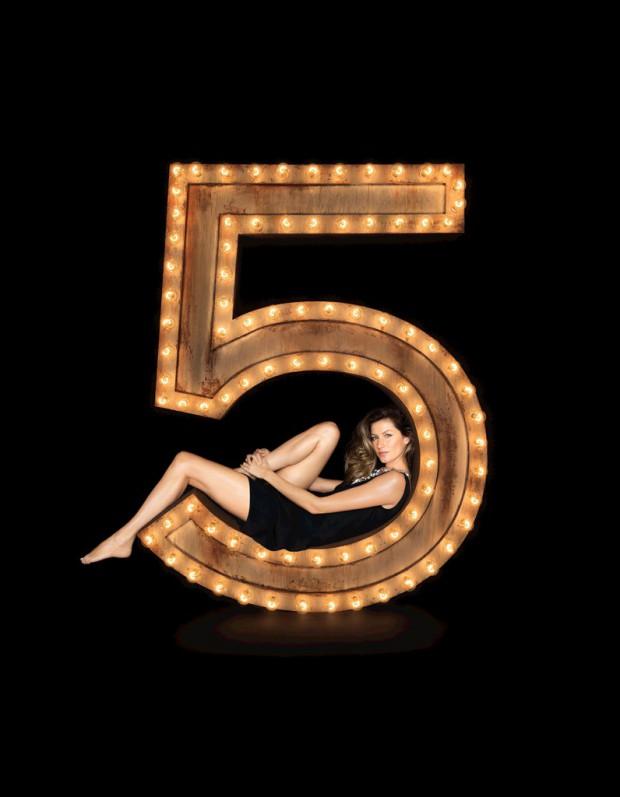 enfin la nouvelle campagne chanel n 5 avec gisele b ndchen elle. Black Bedroom Furniture Sets. Home Design Ideas