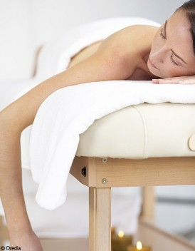 http://www.elle.fr/var/plain_site/storage/images/beaute/news-beaute/soins/le-soin-de-la-semaine-le-massage-mauricien/16952915-2-fre-FR/Le-soin-de-la-semaine-le-massage-mauricien_mode_une.jpg