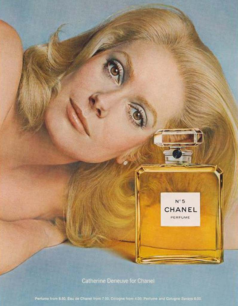 chanel n 5 les campagnes pub d un parfum de l gende elle. Black Bedroom Furniture Sets. Home Design Ideas