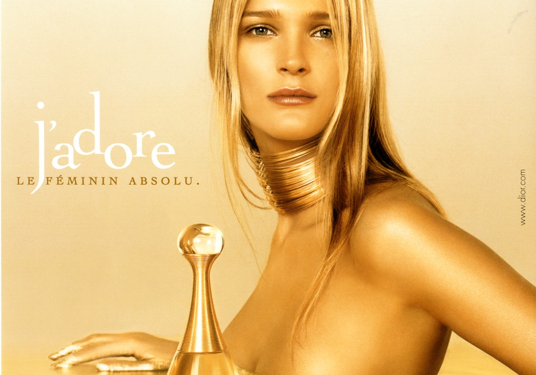 J'adore de Dior : retour sur les coulisses d'un parfum à succès