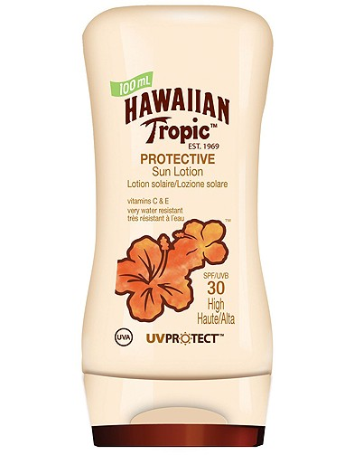 beaute soin creme solaire protection plage ete hawaiian tropic 50 solaires pour se prot ger. Black Bedroom Furniture Sets. Home Design Ideas