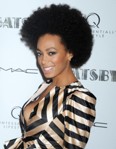 je veux la coupe afro de solange knowles elle. Black Bedroom Furniture Sets. Home Design Ideas