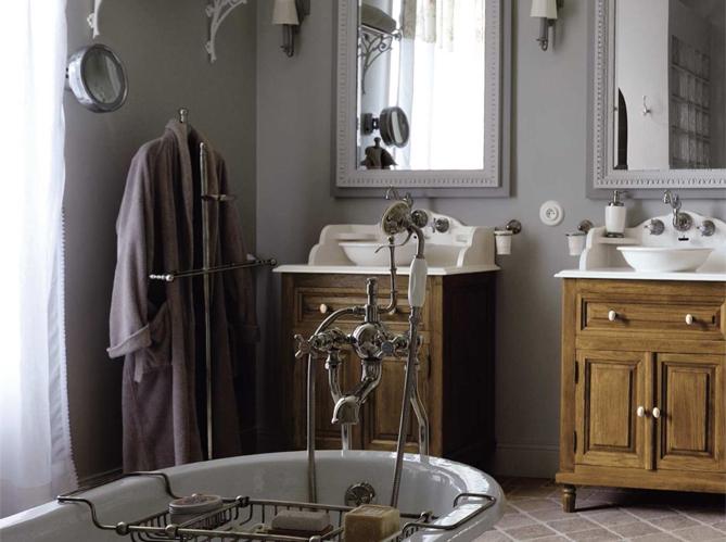 Le charme du r tro dans la salle de bains elle d coration Salle de bain de charme