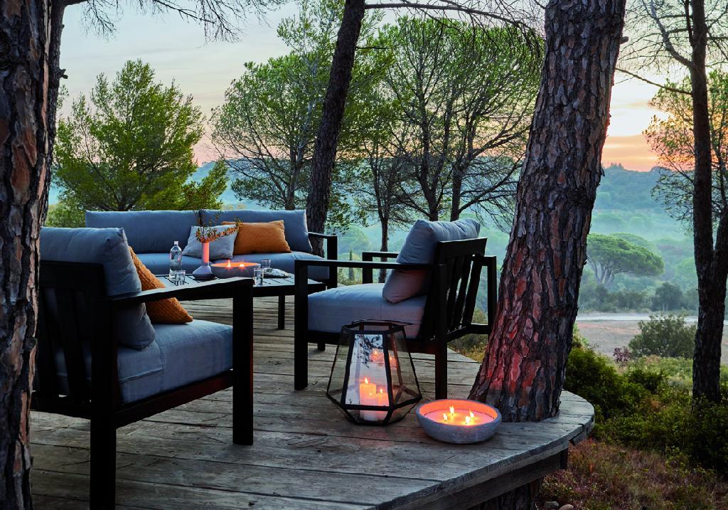 terrasse pas ch re je relooke ma terrasse avec 150 elle d coration. Black Bedroom Furniture Sets. Home Design Ideas