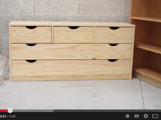 Vidéo Relooker Un Meuble En Coups De Pinceau Elle Décoration - Customiser un vieux meuble 3