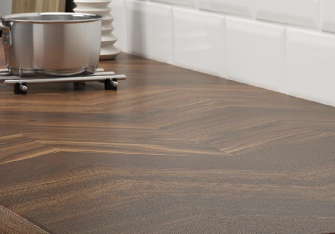 Planche En Bois Cuisine Ikea un plan de travail effet chevron pour une cuisine à l