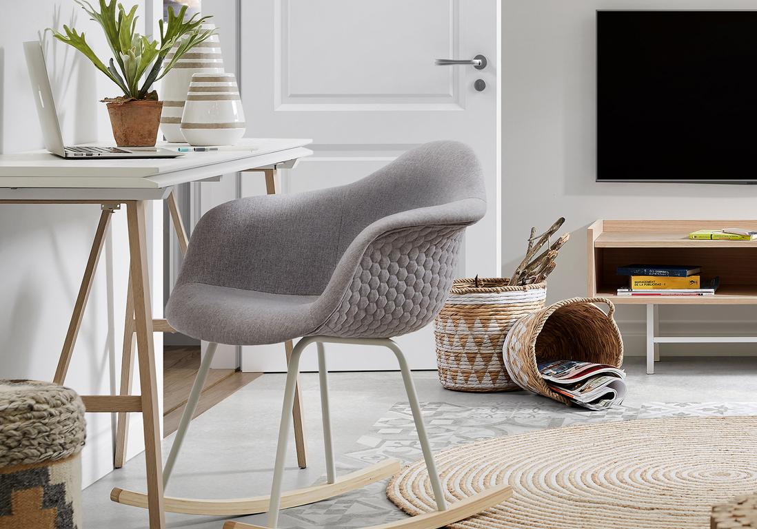20 meubles gain de place pour gagner des m tres carr s. Black Bedroom Furniture Sets. Home Design Ideas