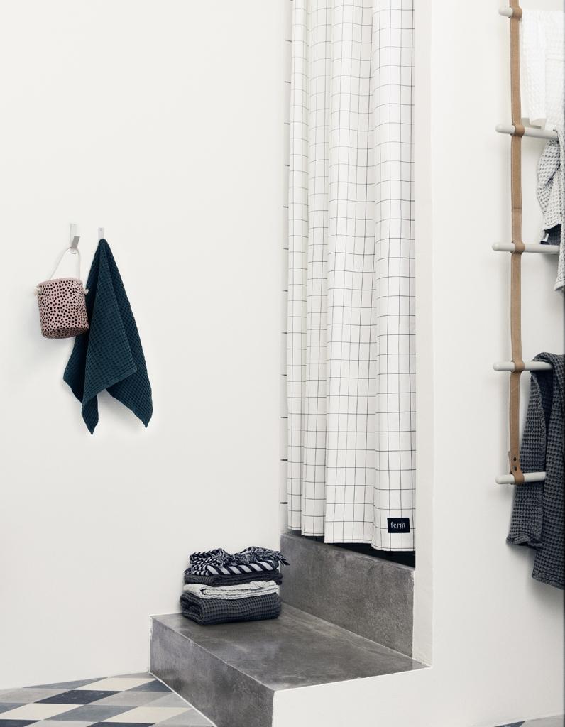 Rideau de douche : 15 rideaux de douche pour une salle de bains déco ...