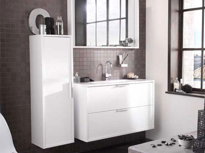 Lapeyre mise sur le gain de place dans la salle de bain elle décoration