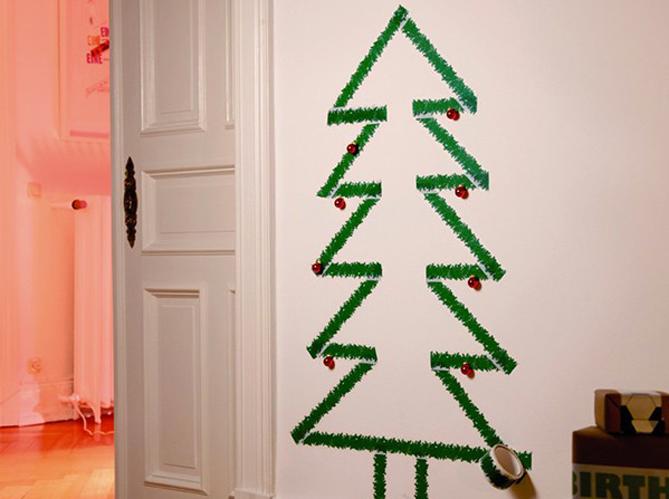 утолщением новогодние рисунки из мишуры на стене бывают