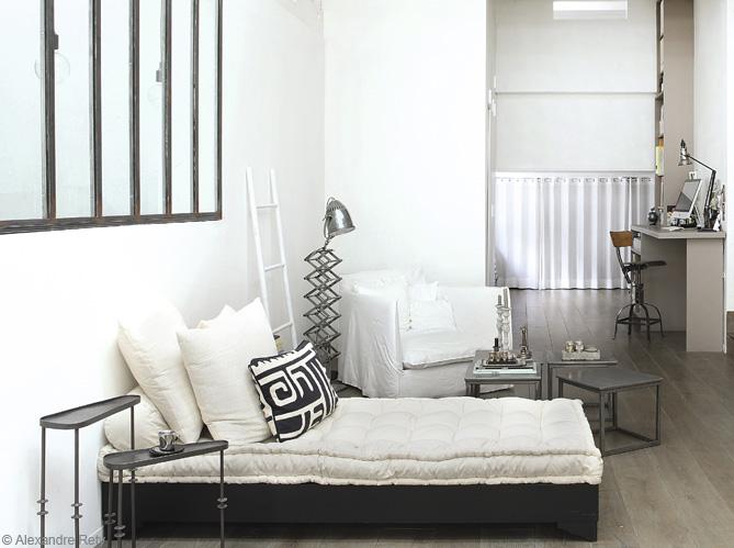 5 astuces pour agrandir l 39 espace elle d coration. Black Bedroom Furniture Sets. Home Design Ideas