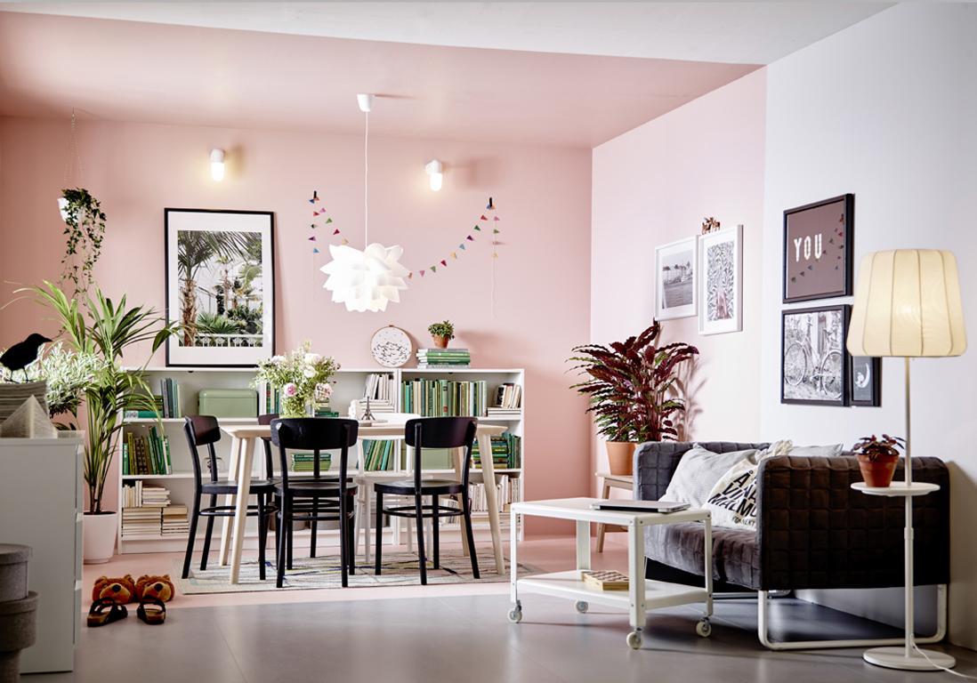 un plafond et des murs rose pour d limiter un espace un plafond en couleur pour r veiller une. Black Bedroom Furniture Sets. Home Design Ideas