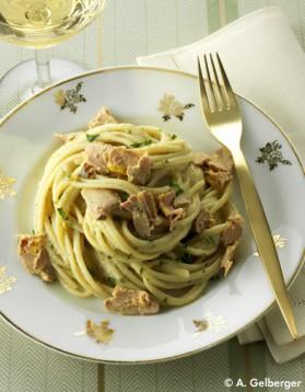 p tes aux champignons et au foie gras pour 10 personnes recettes elle table elle table. Black Bedroom Furniture Sets. Home Design Ideas