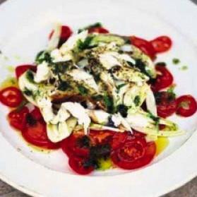 Salade aux tomates fenouil et flocons de poisson grill for Salade poisson