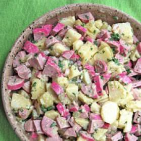 salade de pommes de terre et cervelas pour 8 personnes recettes elle table elle table. Black Bedroom Furniture Sets. Home Design Ideas
