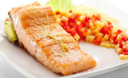 Papillote de saumon pour 4 personnes recettes elle table - Saumon en papillote ...