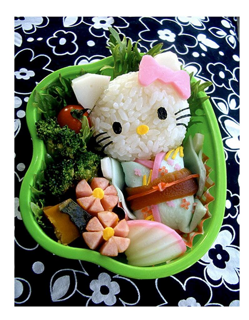 Un bento sushi - 30 recettes kawaï inspirées par Hello