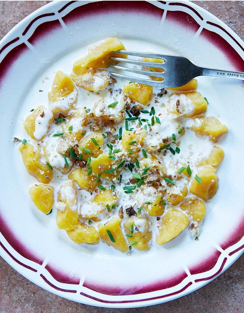 Gnocchis au potimarron sauce saint nectaire a table for La table de mimi