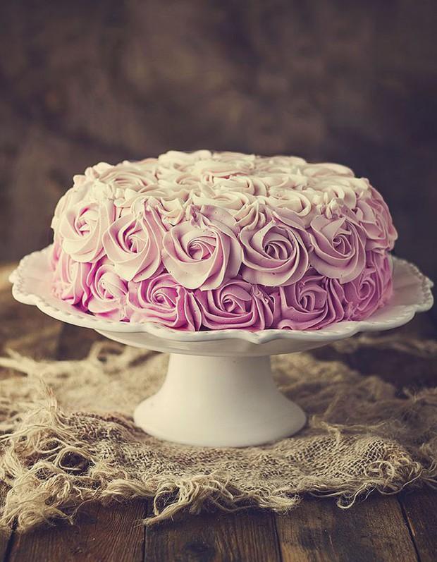 Comment faire un rose cake d couvrez comment d corer un rose cake elle table - Comment decorer un gateau au chocolat ...