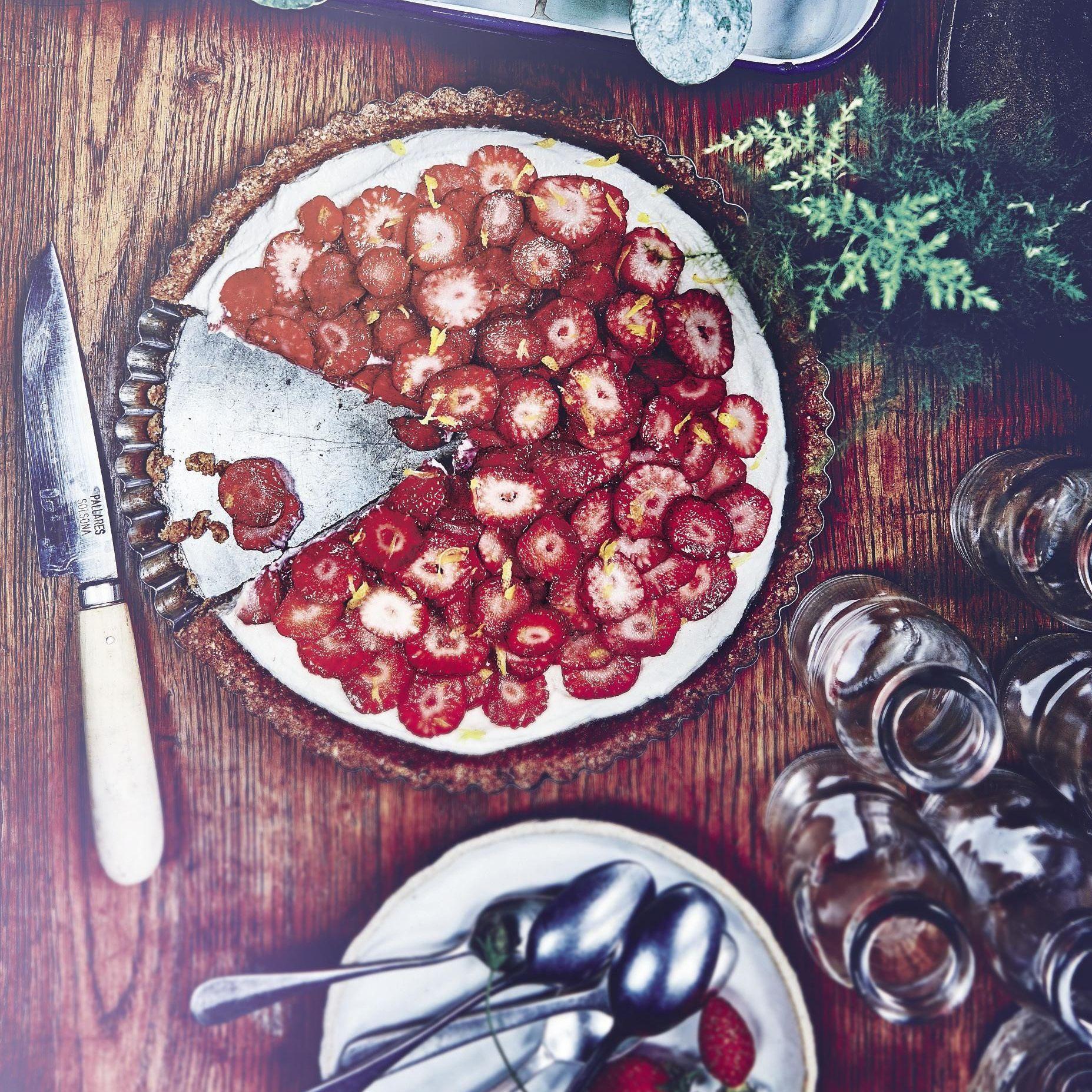 Comment Faire Des Graines De Fraises 100 recettes aux fraises pour les beaux jours - elle à table